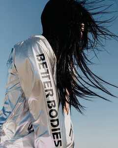Better Bodies Nolita Jacket Shiny Silver Hooded Windbreaker